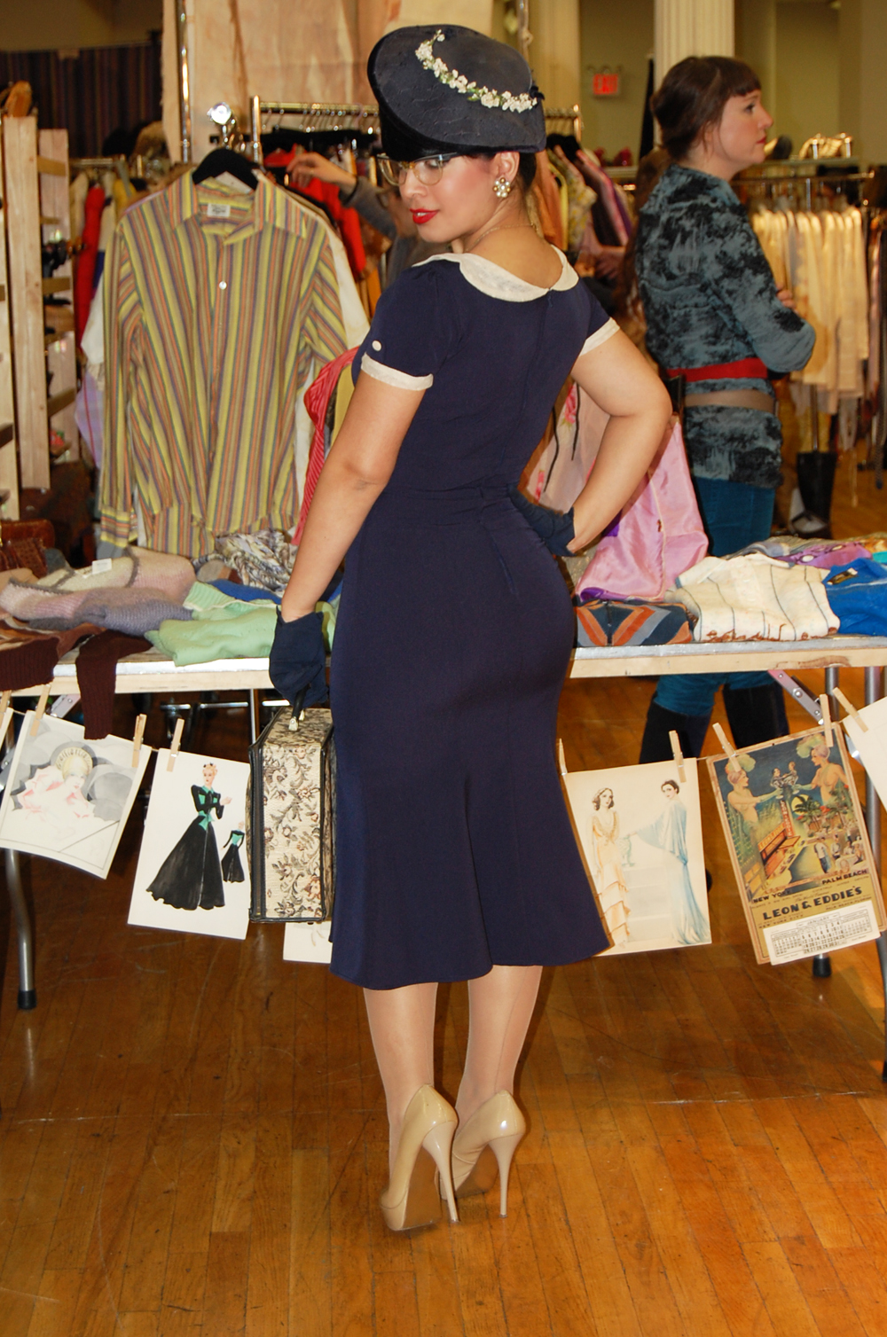 The Diary: Manhattan Vintage Show More The Diary: Manhattan Vintage Show More new foto