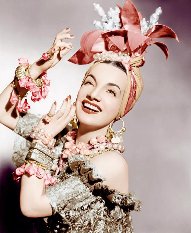 carmen-miranda-ca-early-1940s-everett