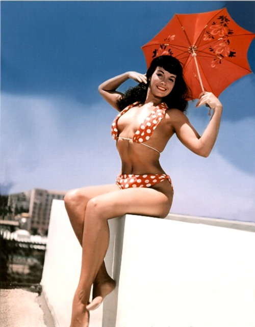 Betty Page Photos: Bettie-page