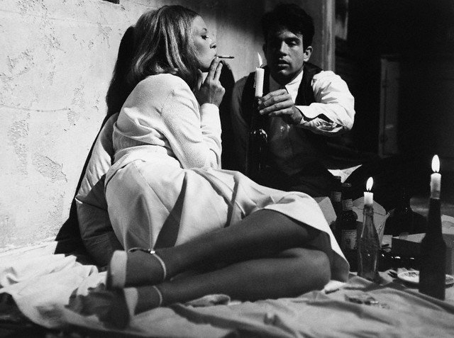 Faye Dunaway and Warren Beatty in