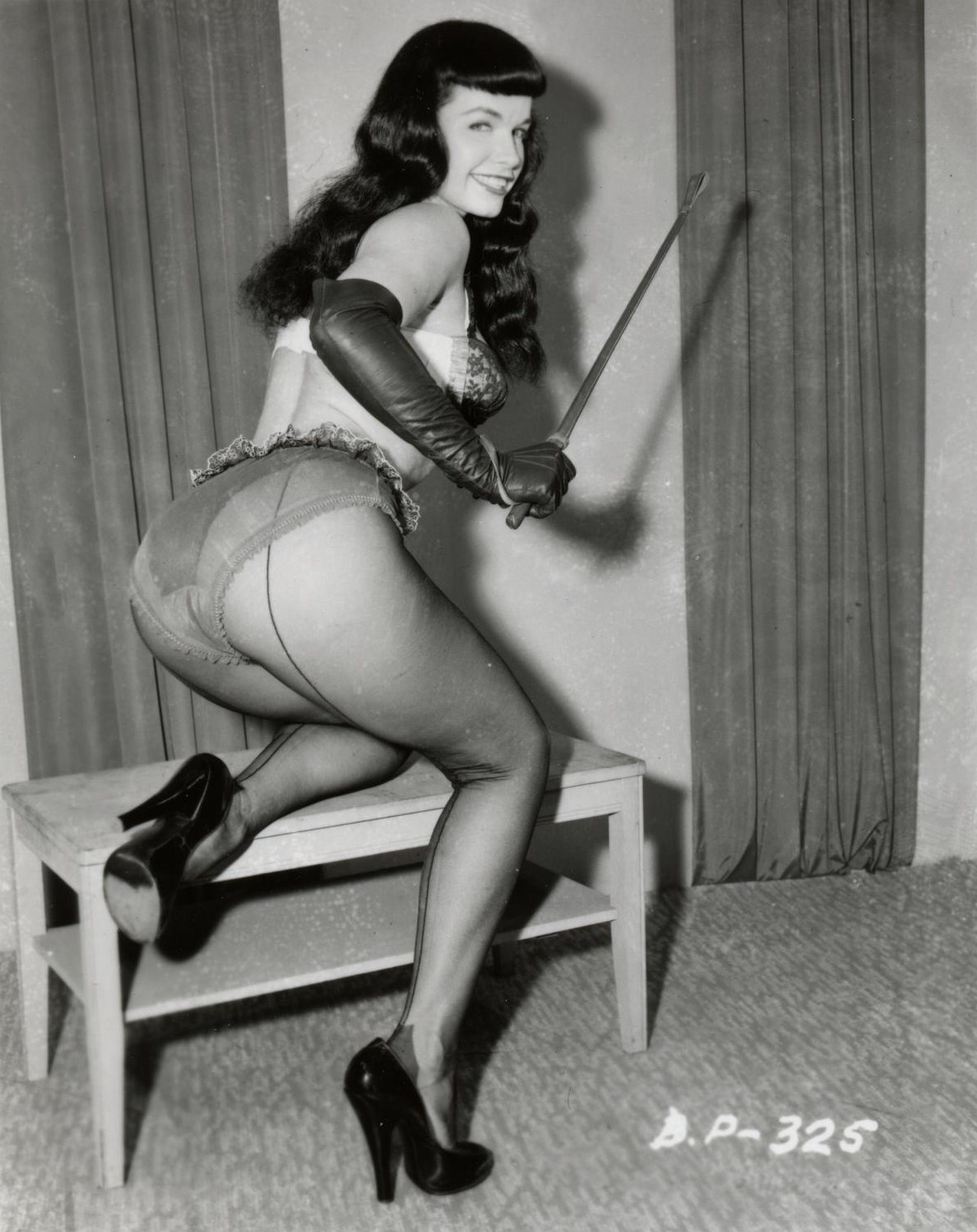 Bettie Page Vintage 32