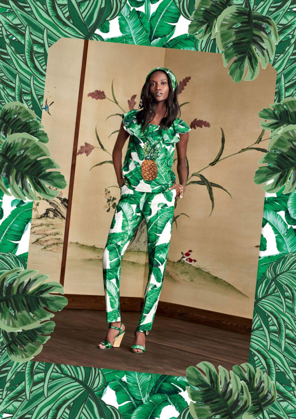 riley-montana-dolce-gabbana-banana-leaf-collection-ss16-01